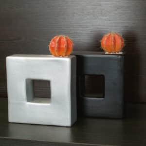 distinctive-pots-desktop-008